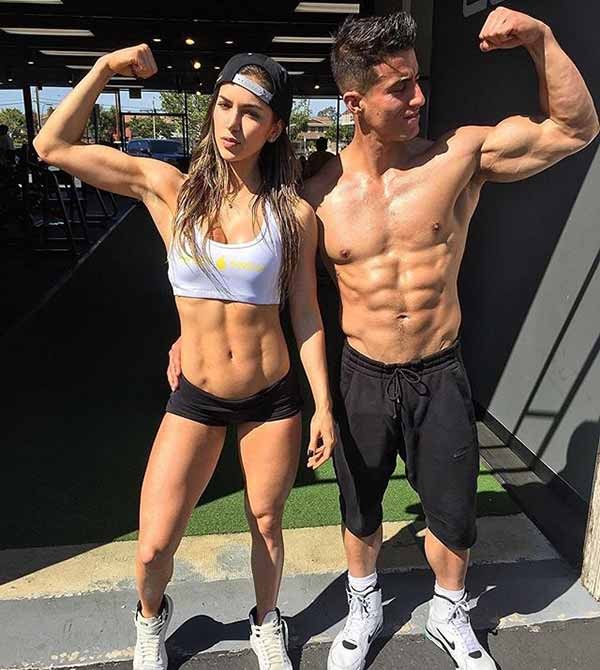 Anllela Sagra dating her boyfriend Tomas Echavarria