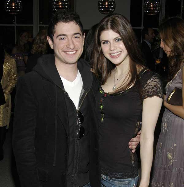 Who is Alexandra Daddario dating Alexandra Daddario