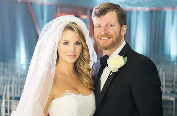 Amy Reimann engaged with Dale Earnhardt Jr. in 2015