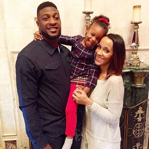 Dashon Goldson enjoying happy time with his wife Ashley North and daughter Charly Goldson