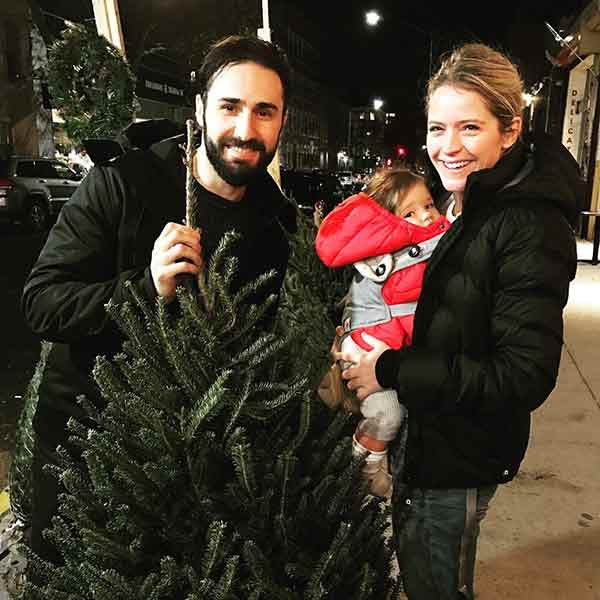 Good Morning America Net Worth : Sara haines husband max shifrin married life age baby