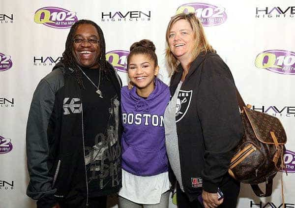 Zendaya's happy time with her mother and father