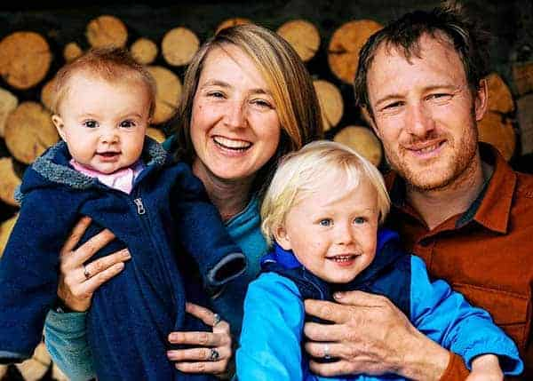 Beautiful family picture of Eve Kilcher with her husband Eivin Kilcher, son and daughter