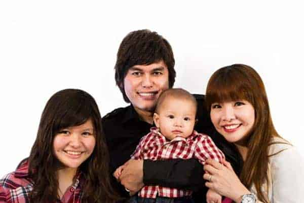 Joseph Prince married with wife Wendy Prince with two children