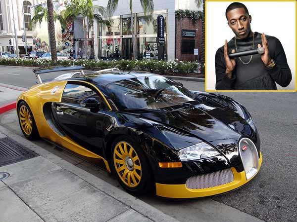 Lecrae's car is unbelievably beautiful