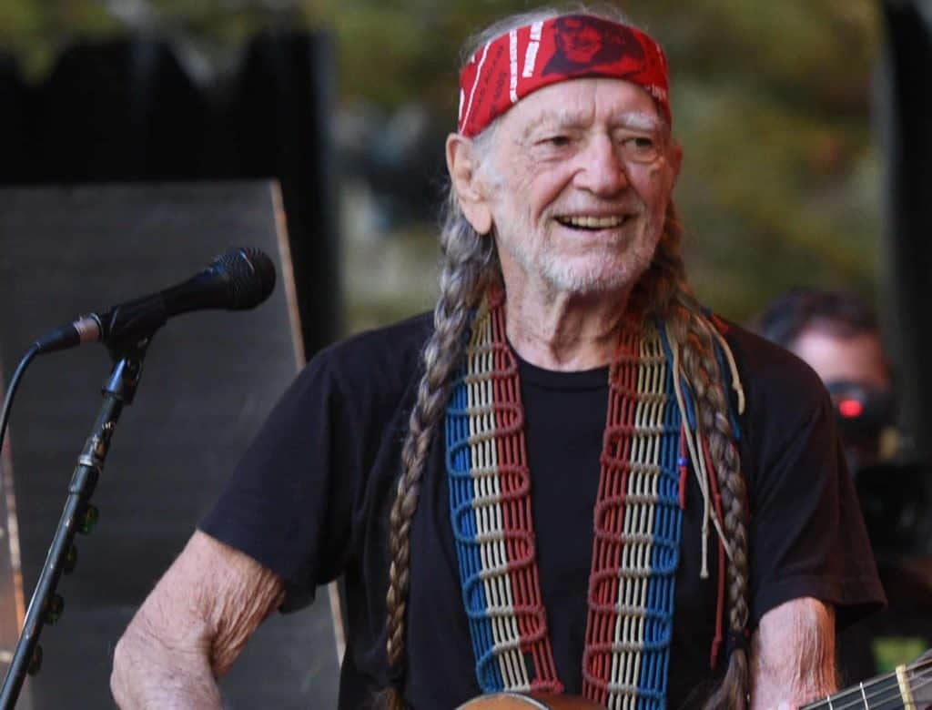 Willie Nelson is a broke celebritiy