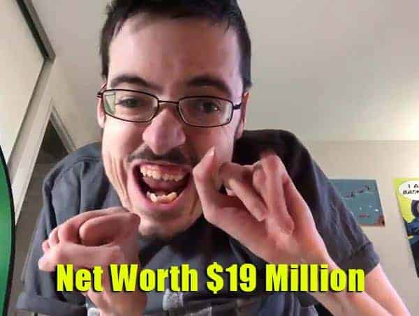 Image of Ricky Berwick net worth is $19 million