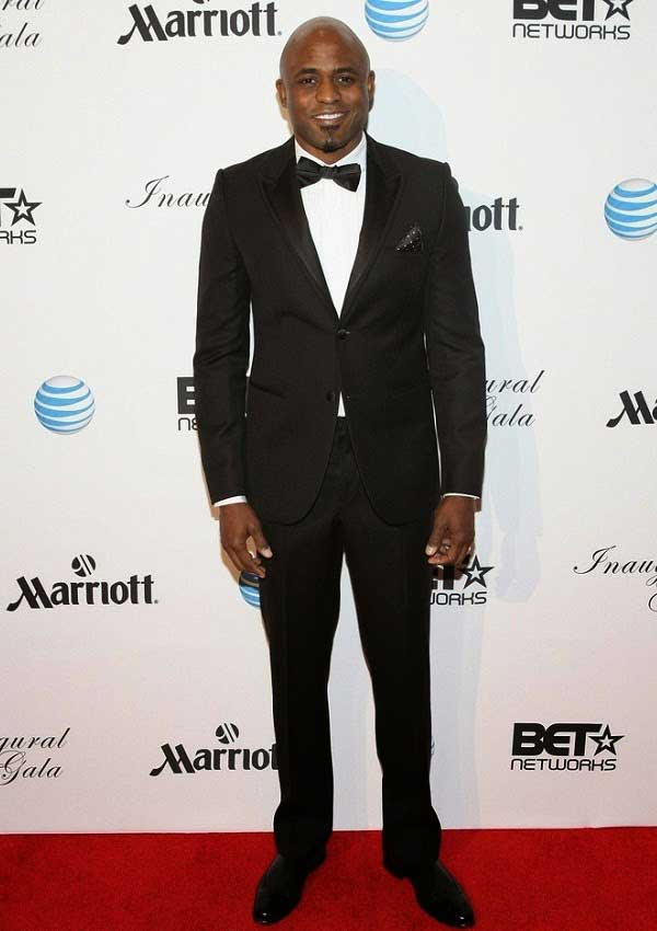 Image of Wayne Brady height