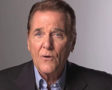 Image of Chuck Woolery Net Worth, Age, Biography