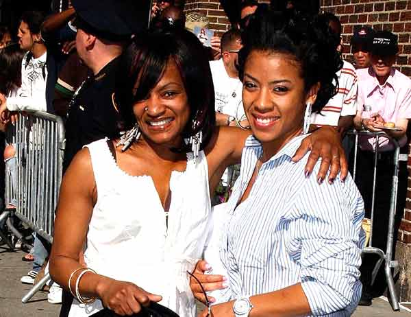 Image of Keyshia Cole with her mother Francine Lons