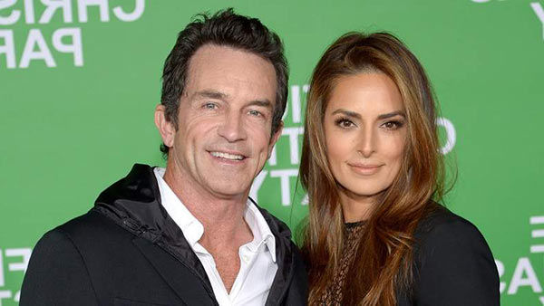 Image of Jeff Probst's with his wife Lisa Ann Russell