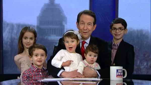 Image of Chris Wallace with his kids