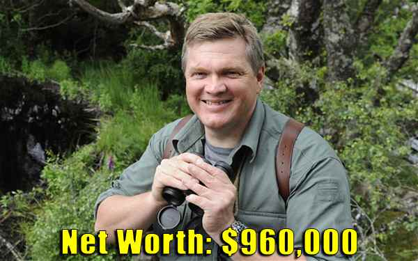 Image of Television Presenter, Ray Mears net worth is $960,000
