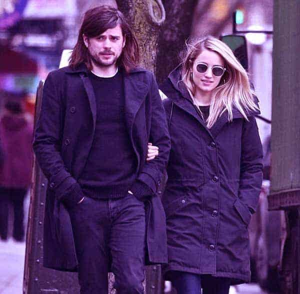 Dianna Agron Is Married To Husband Winston Marshall Her Net Worth Wikicelebinfo